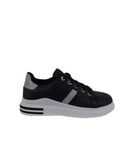 Sneaker Plateau Play