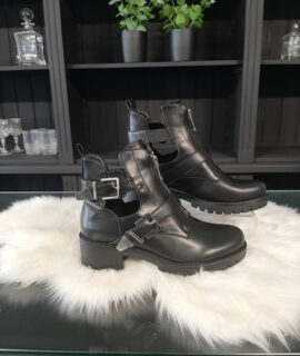 Cut Out Boots Valerie