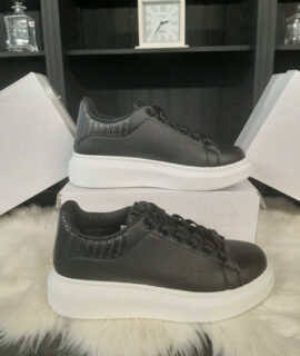 Sneakers Karin